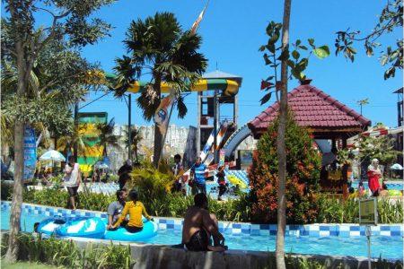 Obyek Wisata Gumul Paradise Island Water Park Kediri Kab