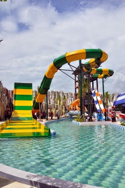 Tempat Wisata Kediri Gumul Paradise Wahana Air Island Kab