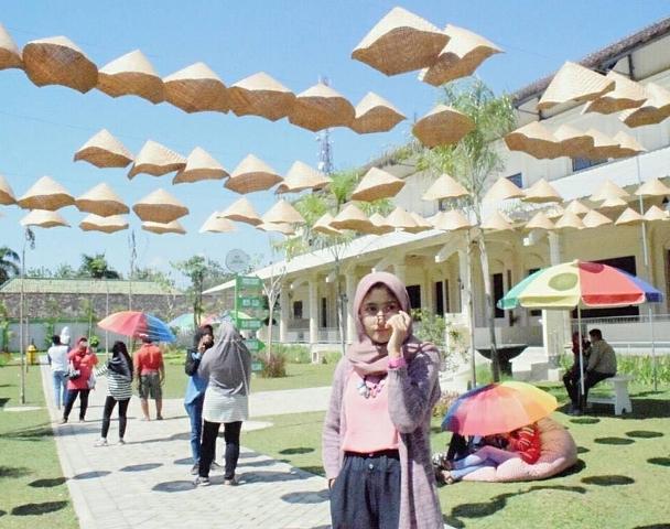 12 Tempat Wisata Kediri Jawa Timur Patut Dikunjungi Istana Jambu