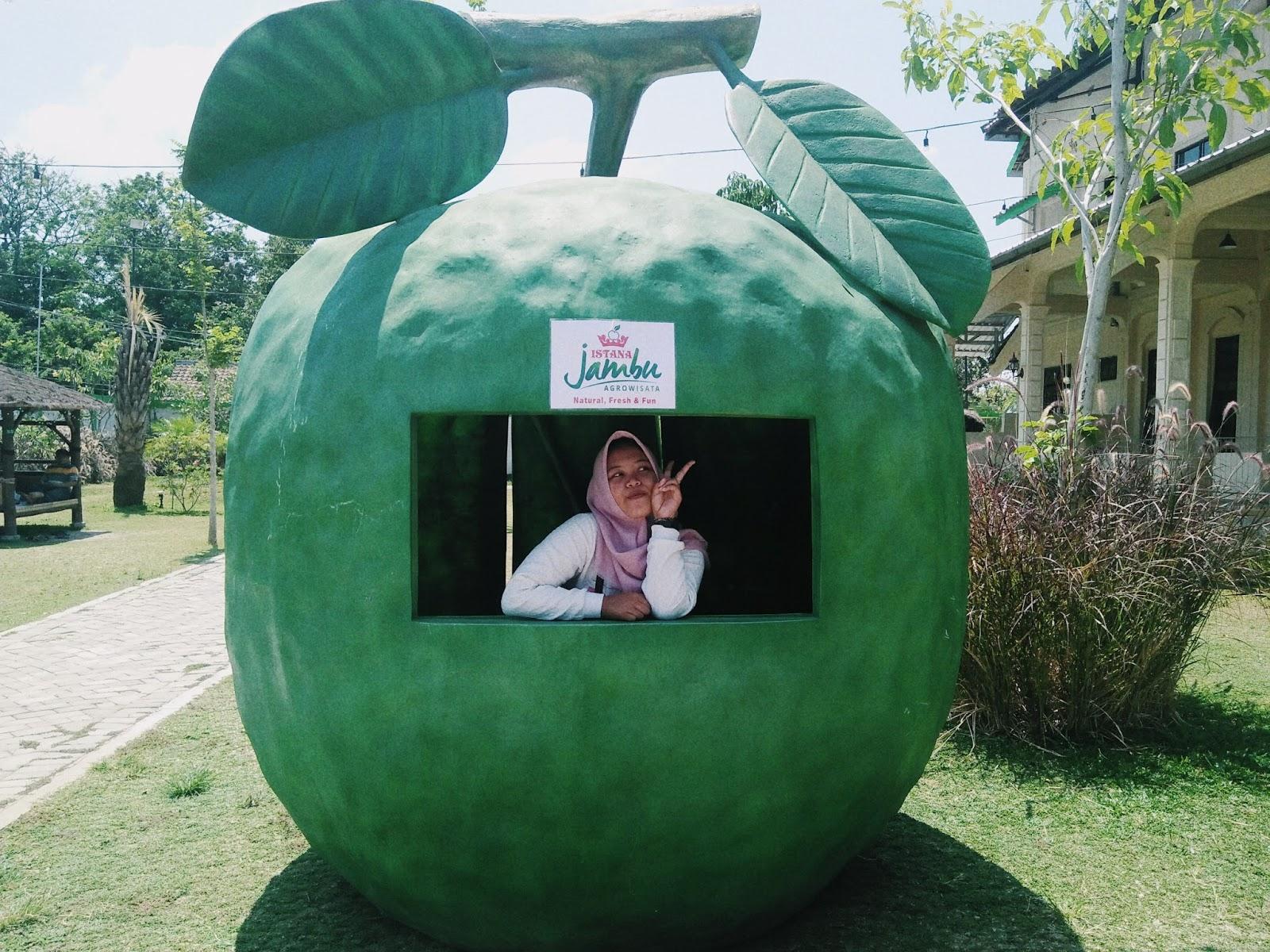 Anggiaf Lokasi Istana Jambu Kediri Berlokasi Jalan Raya Nganjuk 108