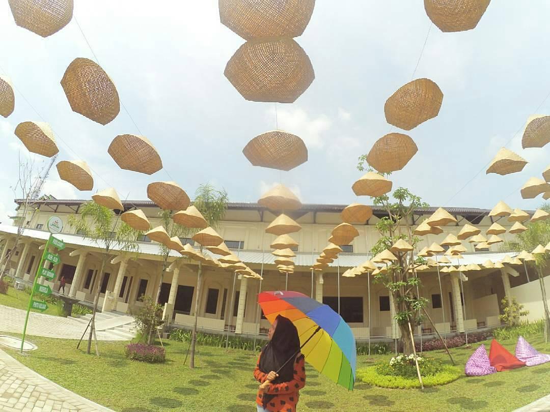 Cantiknya Istana Jambu Kediri Hits Kab