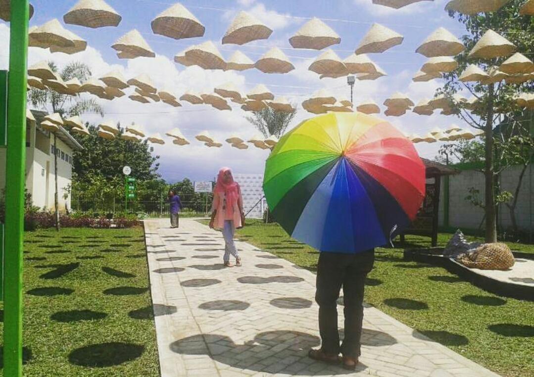 Istana Jambu Destinasi Liburan Keluarga Kediri Jawa Timur Kab