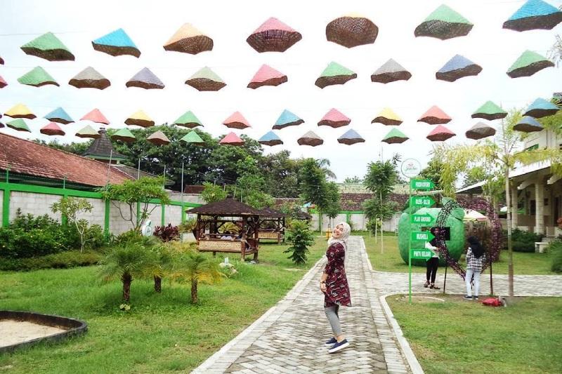 Istana Jambu Kediri Spot Selfie Patut Dikunjungi Info Kab