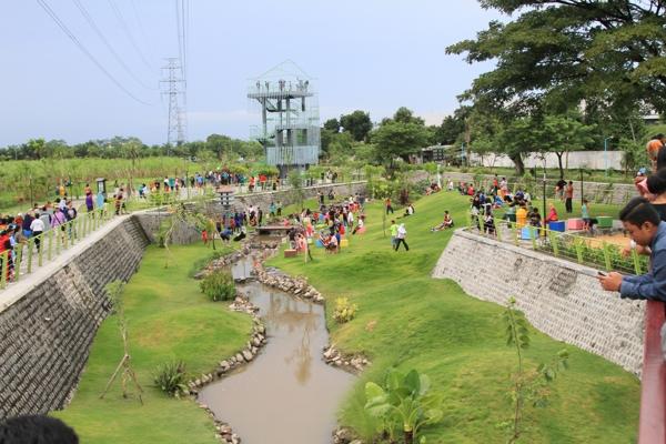 Tiket Masuk Istana Jambu Kab Kediri 2019 Harga Tiket Wisata