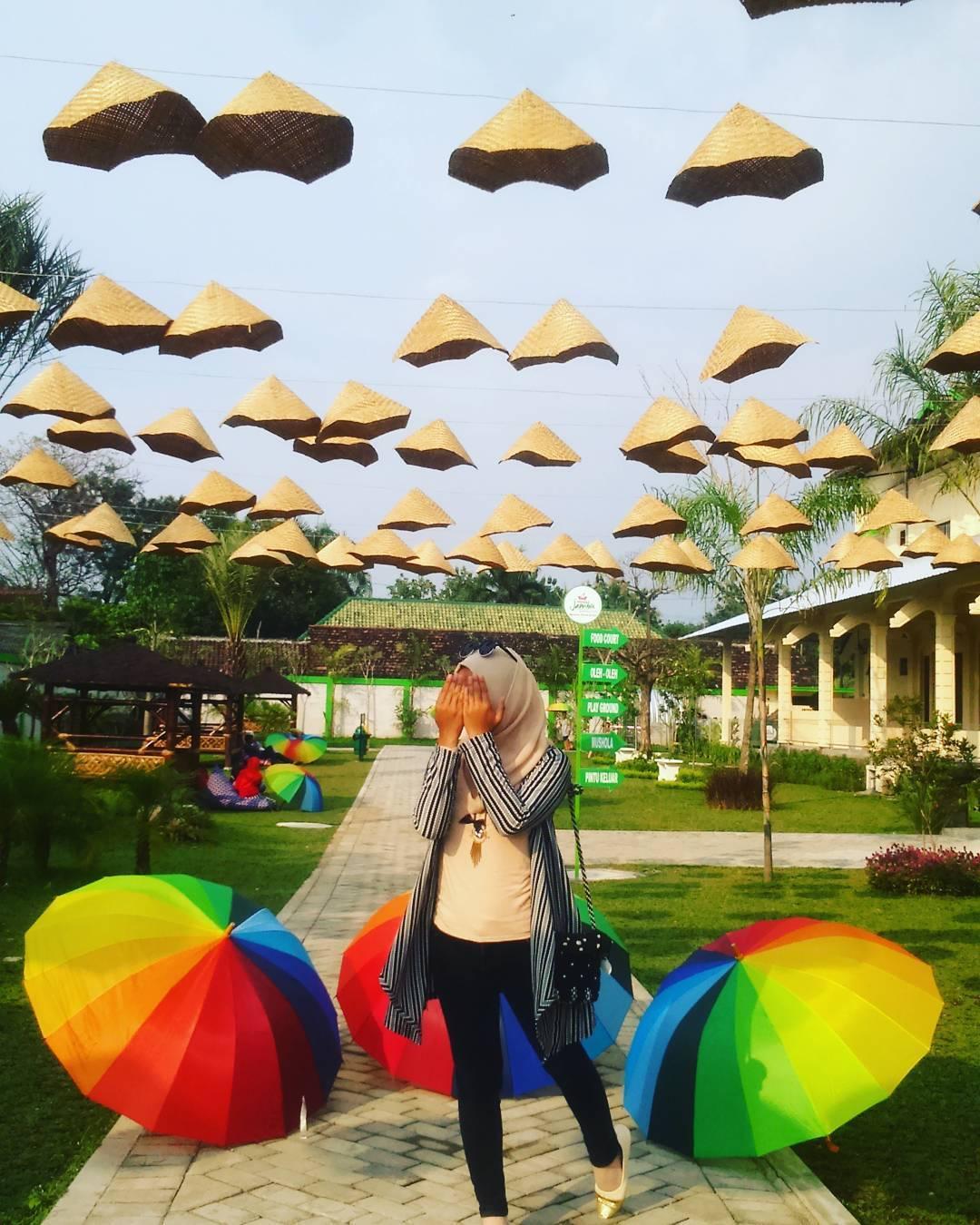Wisata Istana Jambu Kediri Traveling Yuk Kab