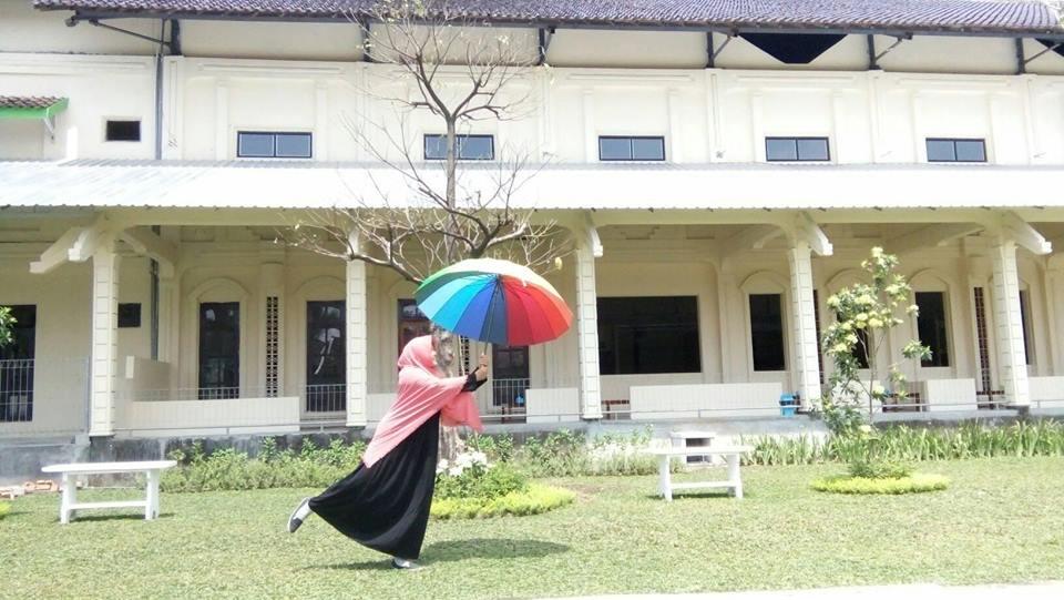 Yuk Datang Istana Jambu Kediri Bukan Menyediakan Aneka Kuliner Asli