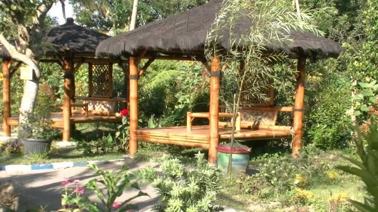 Kampung Anggrek Wisata Kekinian Kediri Yaol Brewok Gazebo Kab
