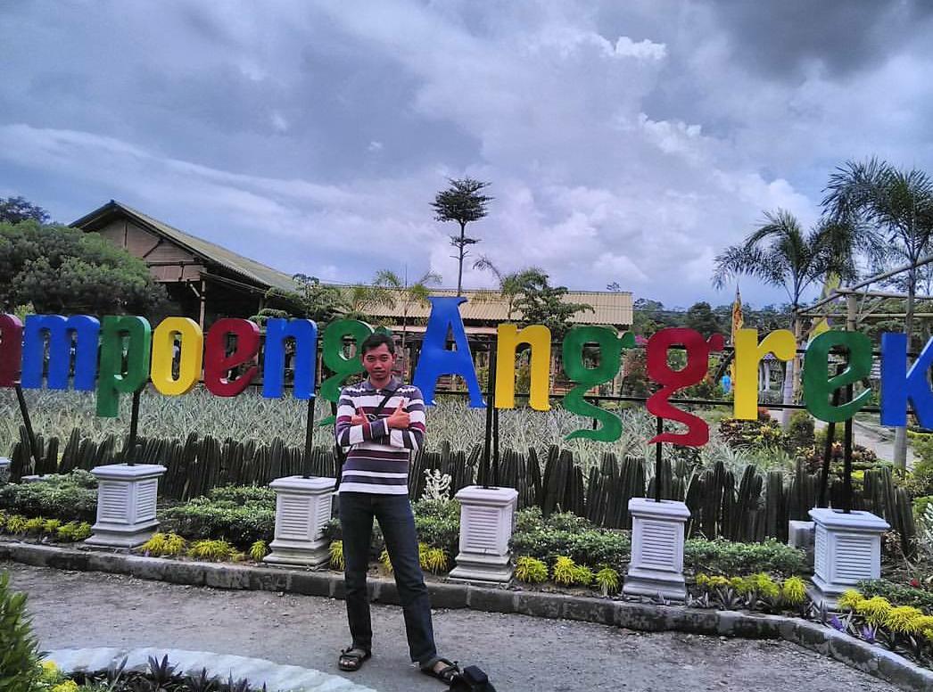 Menikmati Keindahan Kampung Anggrek Kediri Mempesona Harga Instagram Arisdiningrat Kab