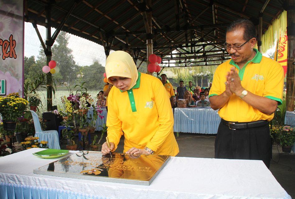 Peresmian Kampoeng Anggrek Kediri Saraswanti Group Kelompok Kabupaten Kampung Kab