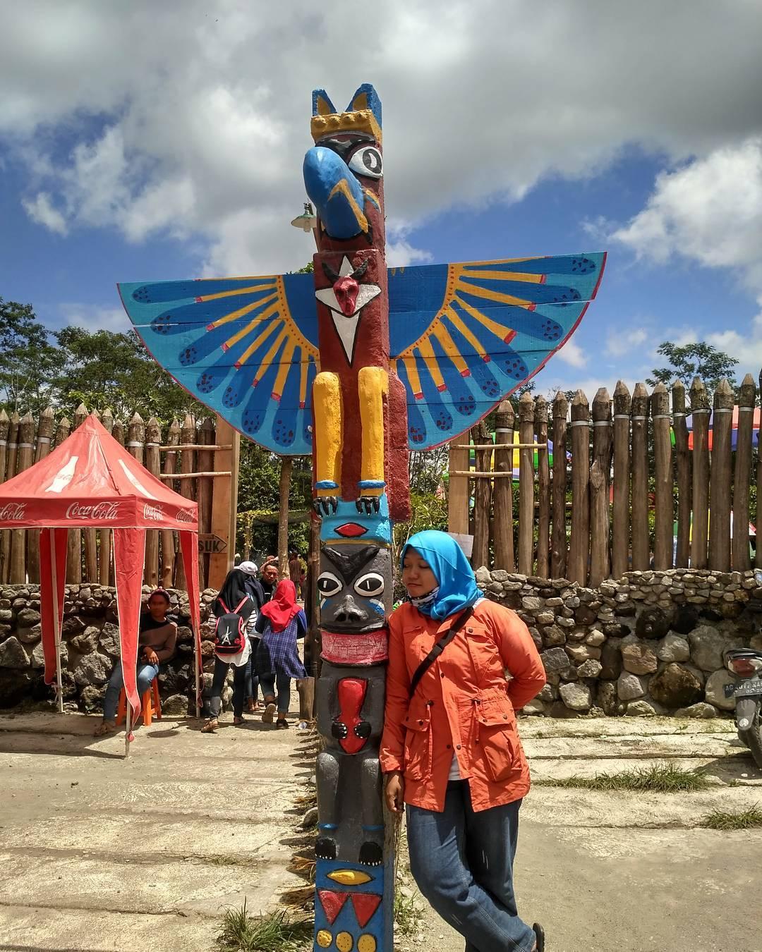 Alamat Harga Tiket Masuk Kampung Indian Ngancar Kediri Wisata Spot
