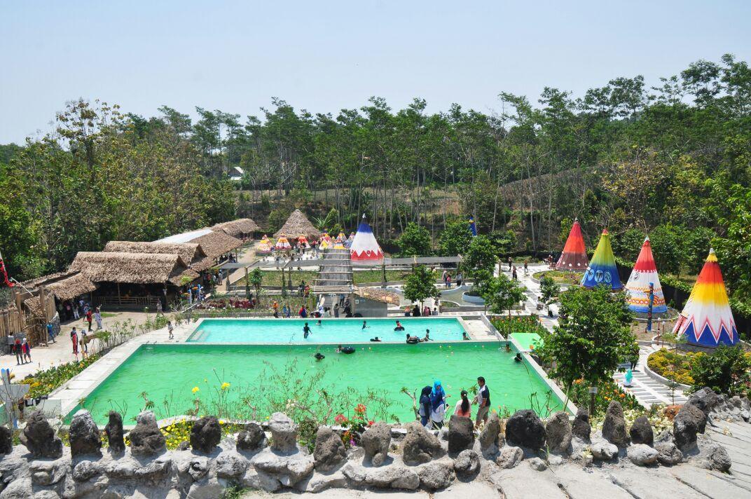 Kampung Indian Wisata Unik Kediri Jawa Timur Kab