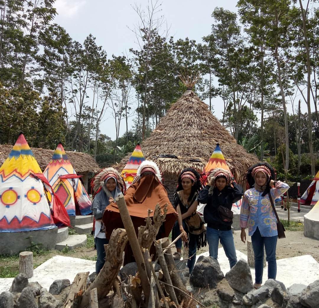 Lokasi Harga Tiket Masuk Kampung Indian Ngancar Spot Wisata Ngehits