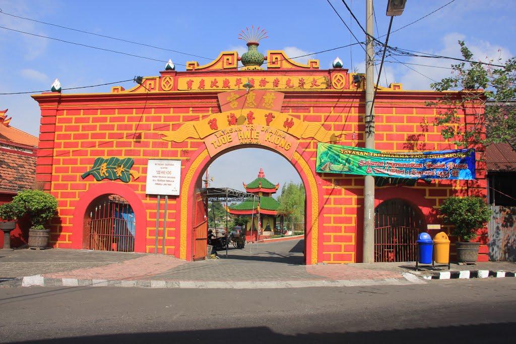 Obyek Wisata Religi Kelenteng Tjoe Hwie Kiong Kediri Klenteng Kab