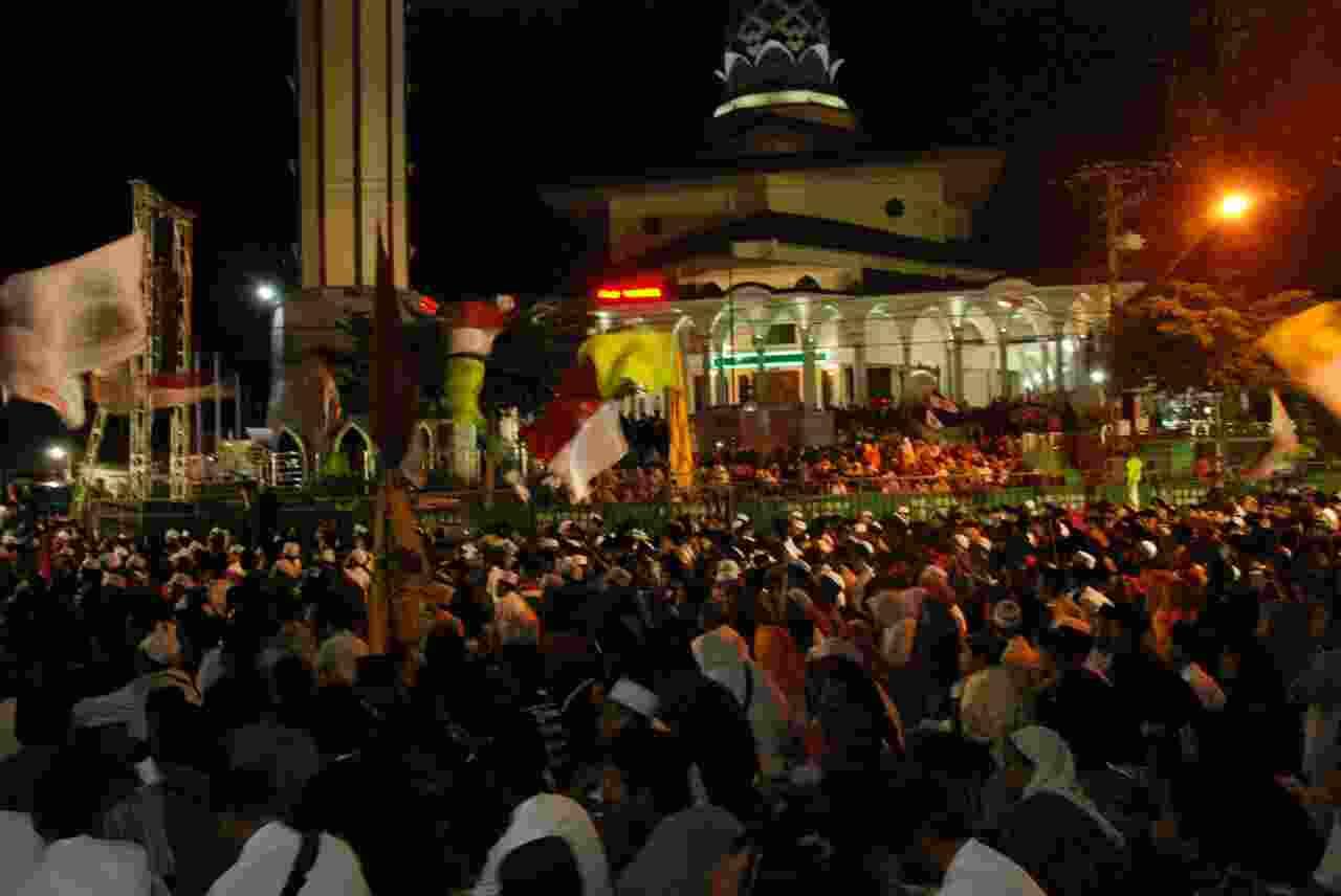 Kediri Bersholawat Jelang Pergantian Memo Banner 160x600 Masjid Agung Kab