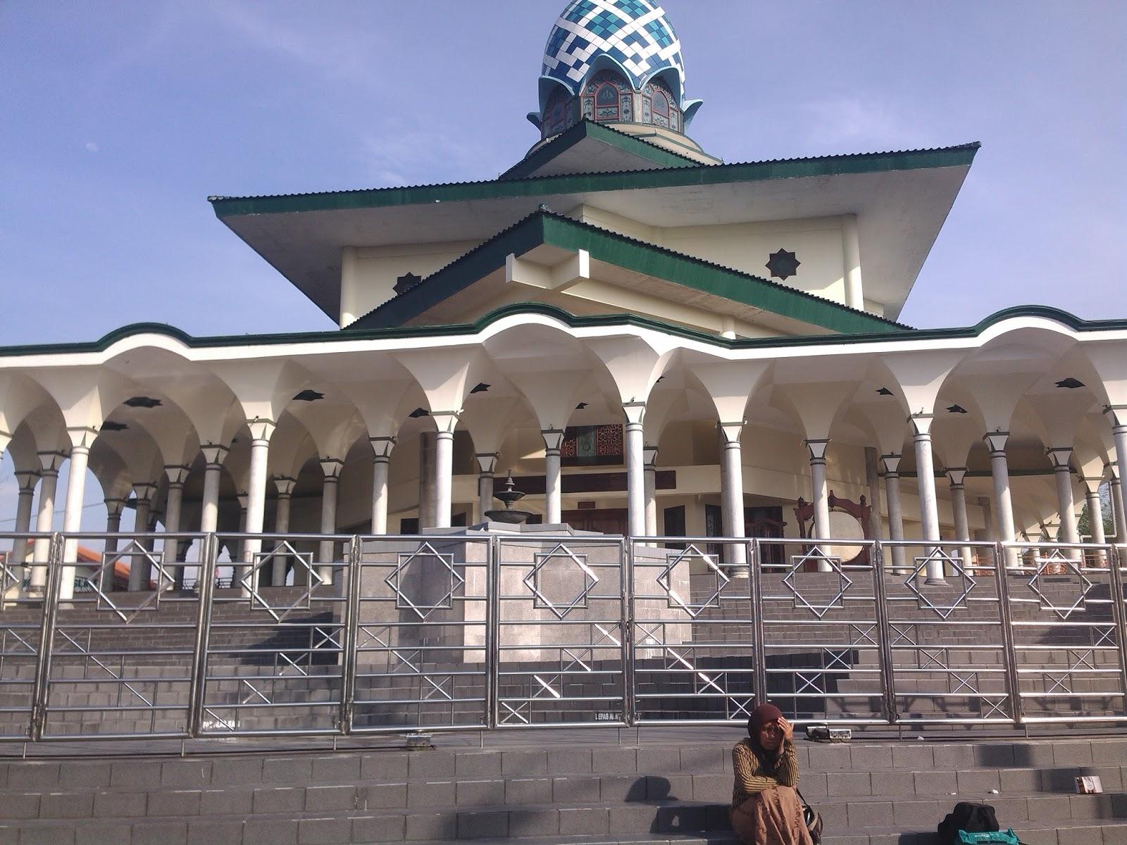 Kediri Religi Masjid Agung Kota Kab