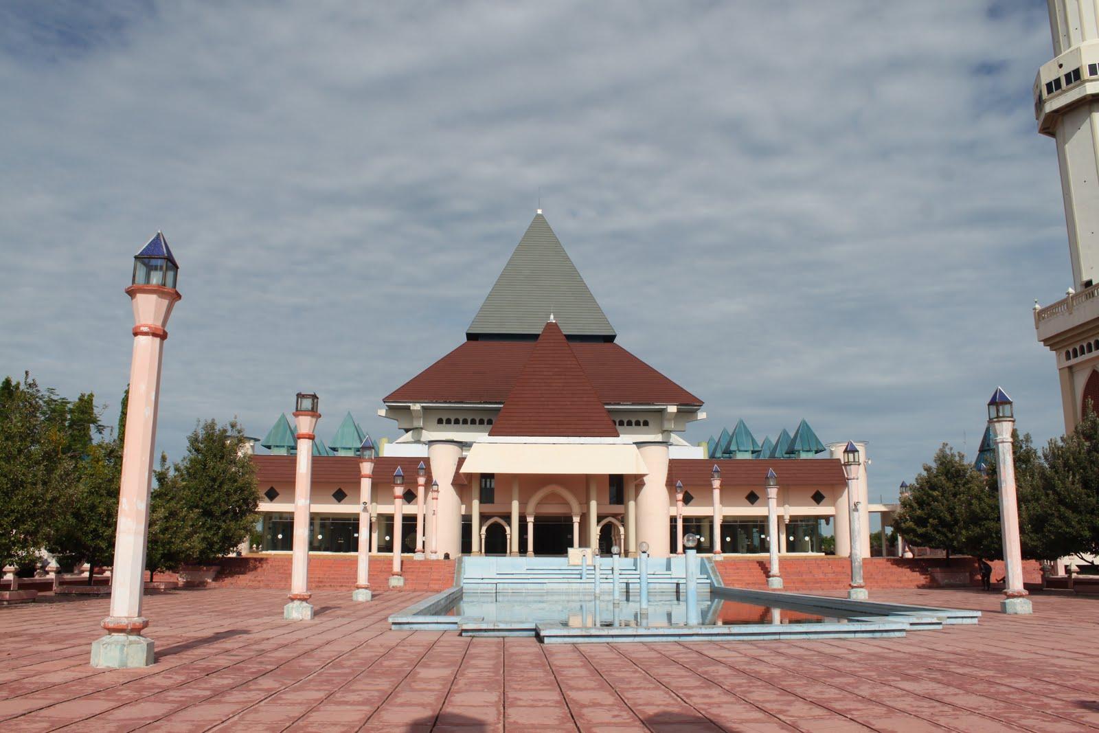 Masjid Nur Pare Kediri Bumi Nusantara Agung Kab