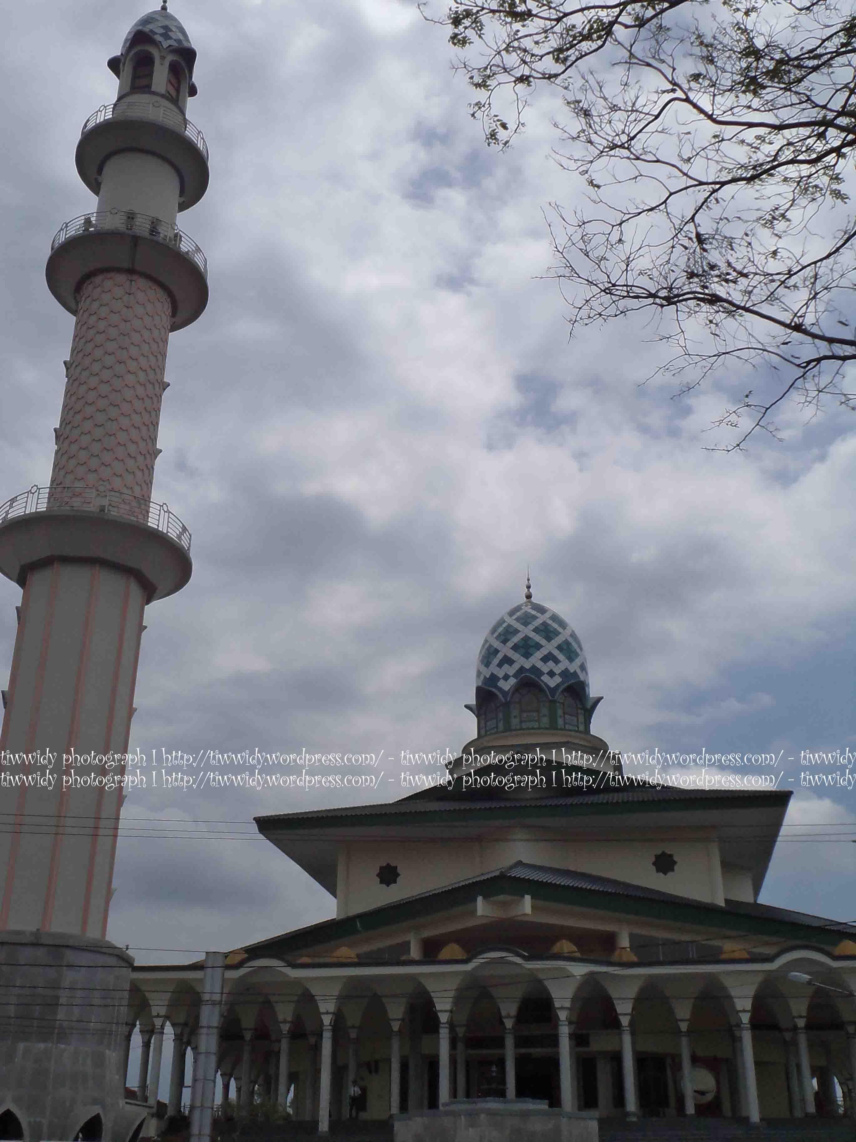 Mencoba Masjid Kota Kediri Agung Kab