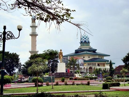 Singgah Masjid Agung Kota Kediri Jawa Timur Kab