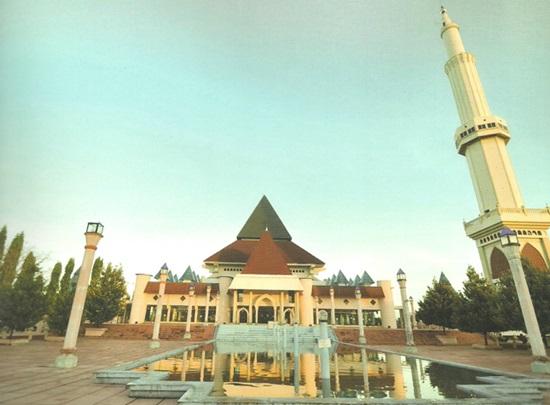Singgah Masjid Agung Nur Pare Kediri Kab
