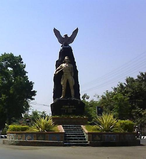 13 20 Candi Museum Pantai Terdekat Kediri Jawa Timur Monumen
