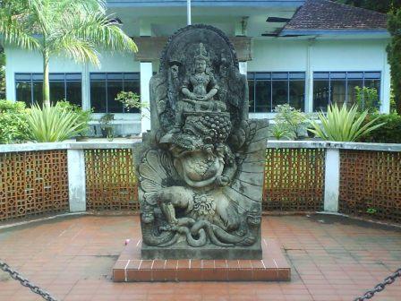 Beautiful World 51 Tempat Wisata Kabupaten Kediri Jawa Timur Museum