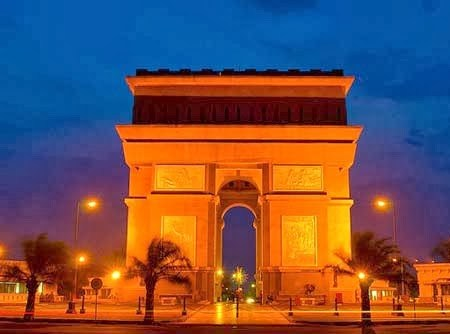 Daftar Tempat Wisata Kediri Jawa Timur Terbaik Monumen Simpang Lima