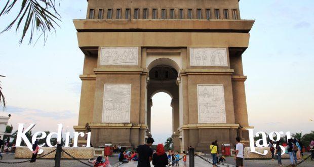 Kediri Berita Daerah Manfaatkan Batik Diminati Pembeli Luar Negeri Monumen