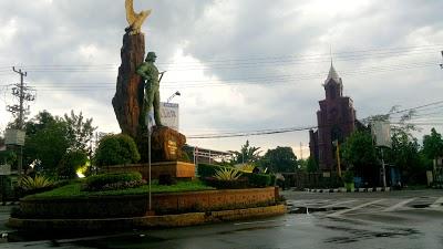Monumen Syu Dahanapura Pedia Trip 31 Kab Kediri