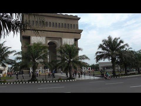 Suasana Kota Kabupaten Kediri 2016 Youtube Monumen Syu Kab