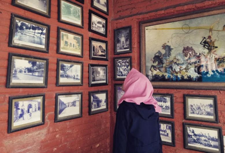 15 Tempat Wisata Instagramable Kediri Hits Dikunjungi Photograph Museum Fotografi