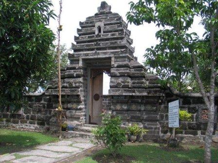 27 Tempat Wisata Kediri Jawa Timur Wajib Dikunjungi Liburan Objek