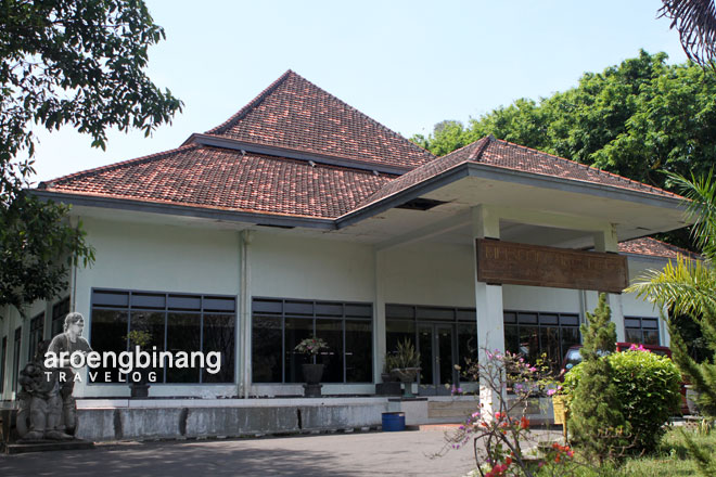 Aroengbinang Museum Airlangga Kediri Musium Kab