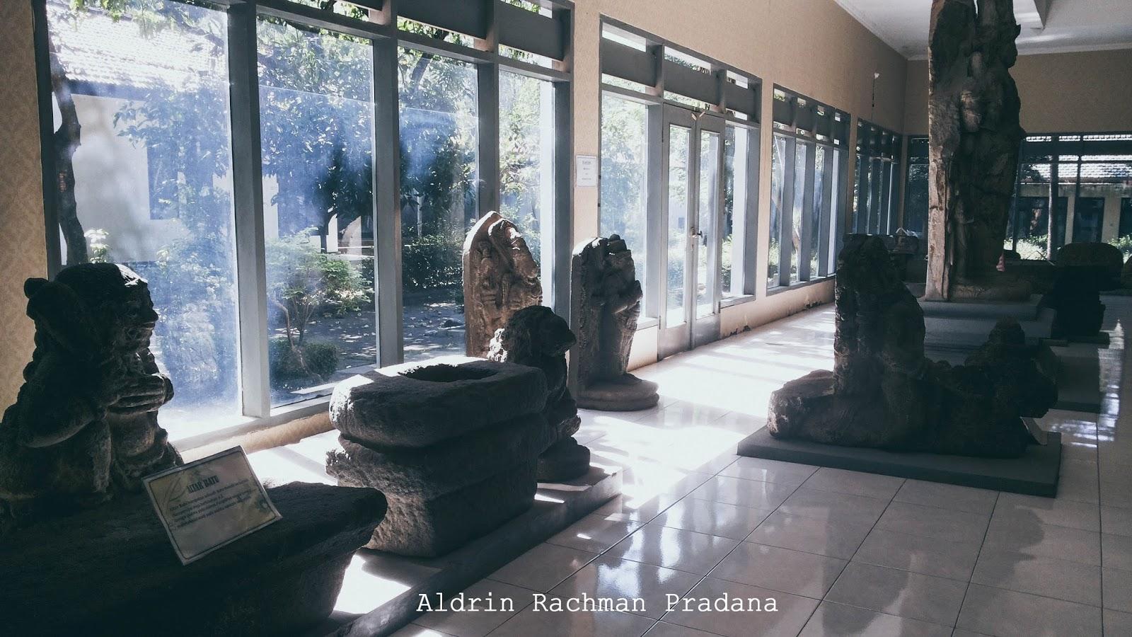 Berwisata Melihat Koleksi Museum Airlangga Kediri Aldrin Rachman Terdapat Altar