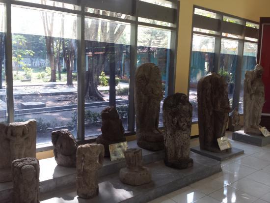 Koleksi Museum Foto Airlangga Kediri Tripadvisor Musium Kab