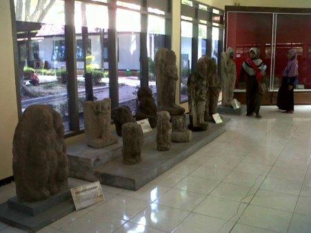 Museum Airlangga Kediri Persatuan Perbedaan 2 Musium Kab
