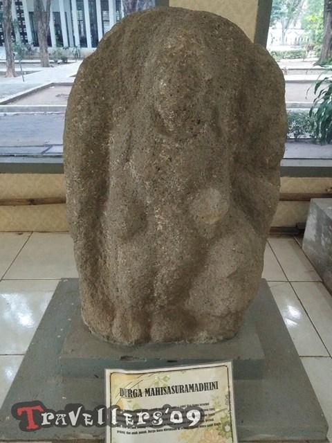Museum Airlangga Kediri Travellers Arca Ardanareswari Kemanunggalan Dewa Siwa Dewi