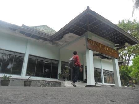 Museum Airlangga Tak Terawat Kediri Koran Memo Koranmemo Musium Kab