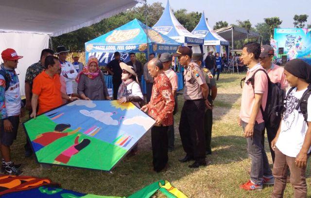 Festival Layang Hiasi Langit Kawasan Petilasan Sri Aji Joyoboyo Duta