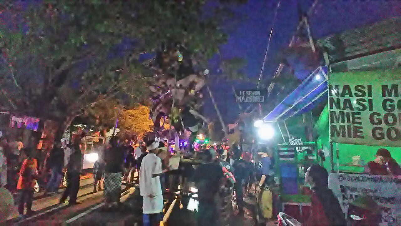 Tangan Ogoh Patah Pertanda Buruk Adakitanews Kota Kediri Pura Penataran