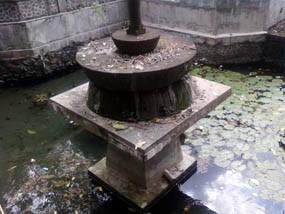 Kamandanu Airnya Diyakini Penyembuh Segala Penyakit Sendang Tirta Kab Kediri