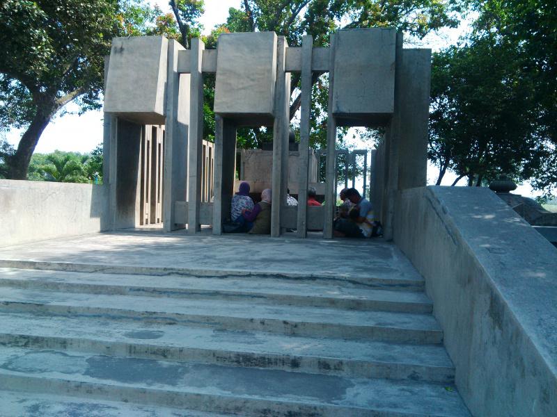 Petilasan Prabu Joyoboyo Kediri Mengintip Sendang Tirta Kamandanu Kab
