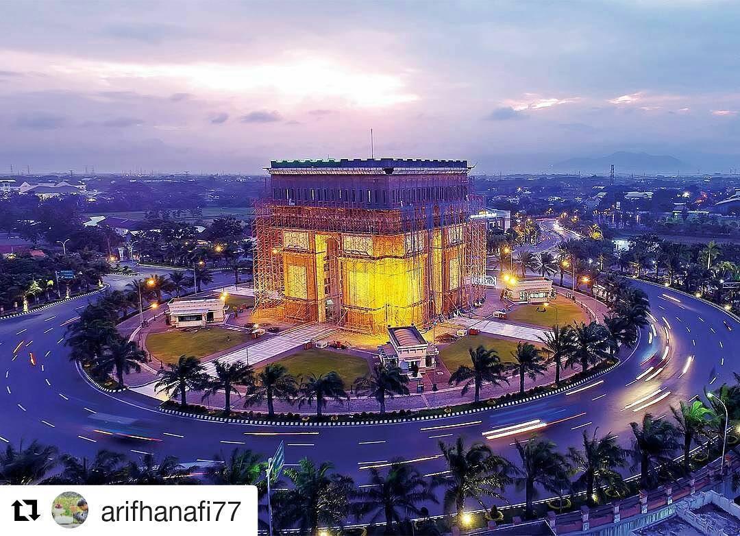 Monumen Simpang Lima Gumul Kediri Jawa Timur Steemit 1 Jpg