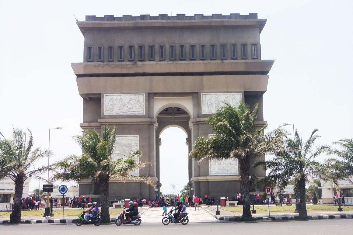 Surabaya Simpang Lima Gumul City Ikon Wisata Kediri Kab