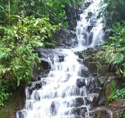 12 Tempat Wisata Kediri Jawa Timur Patut Dikunjungi Air Terjun