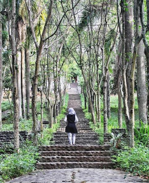 12 Tempat Wisata Kediri Jawa Timur Patut Dikunjungi Pohsarang Taman