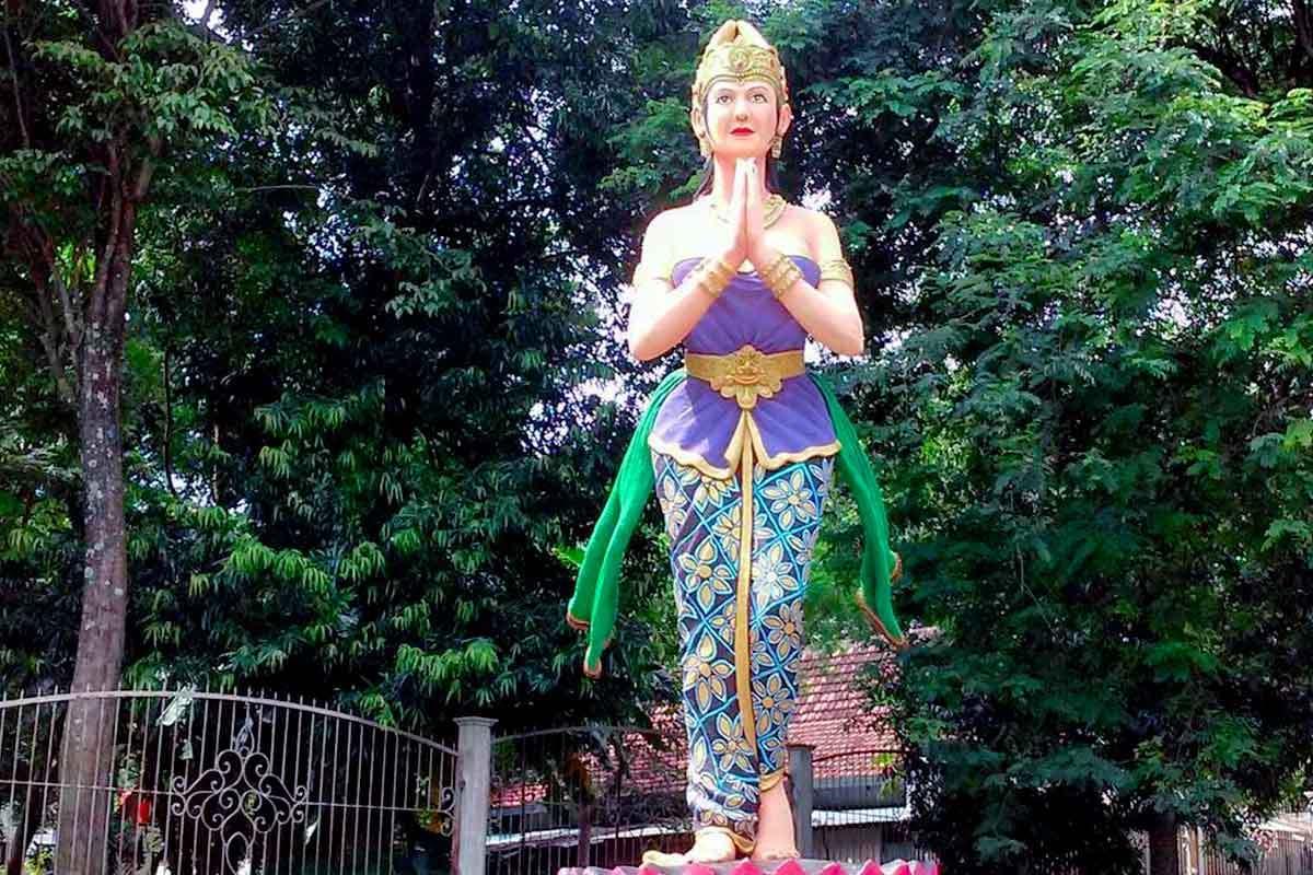 Cerita Dewi Kilisuci Keterkaitan Gua Selomangleng Cec Tentang Taman Dahanapura