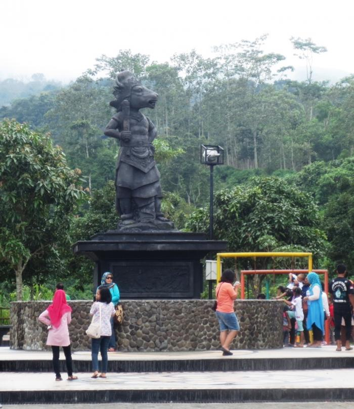 Taman Bunga Gunung Kelud Oleh Iwan Nugroho Kompasiana Patung Lembusuro