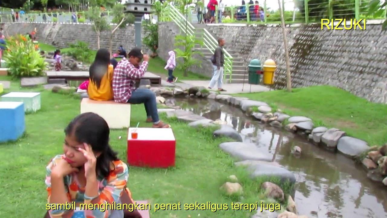 Suasana Taman Hijau Slg Kediri Youtube Kab