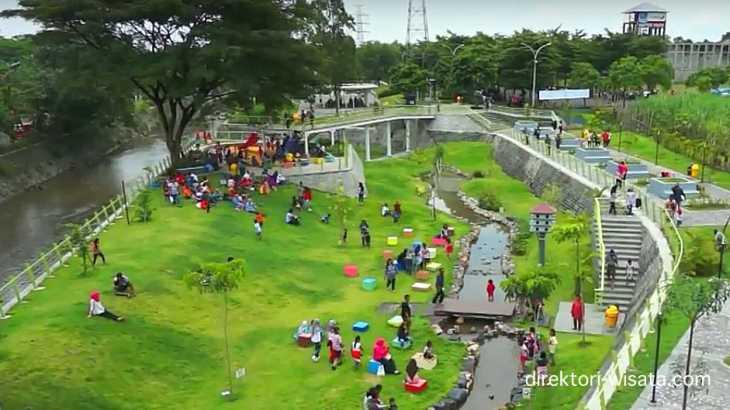 Taman Hijau Simpang Lima Gumul Kediri Direktori Wisata Indonesia Slg