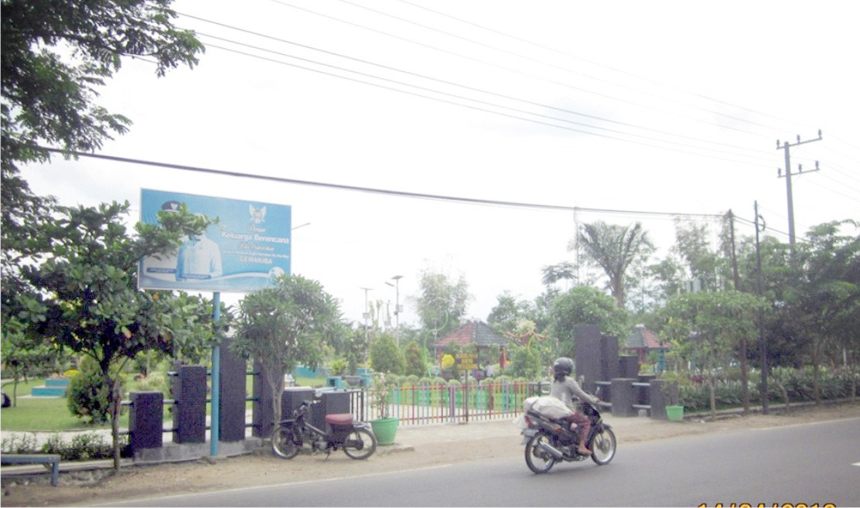Taman Ngronggo Kota Kediri Hijau Suara Media Nasional Sekartaji Kab